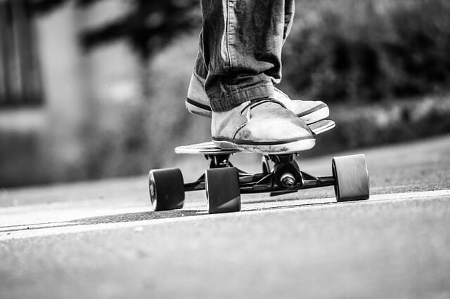 How to Stand on a Longboard
